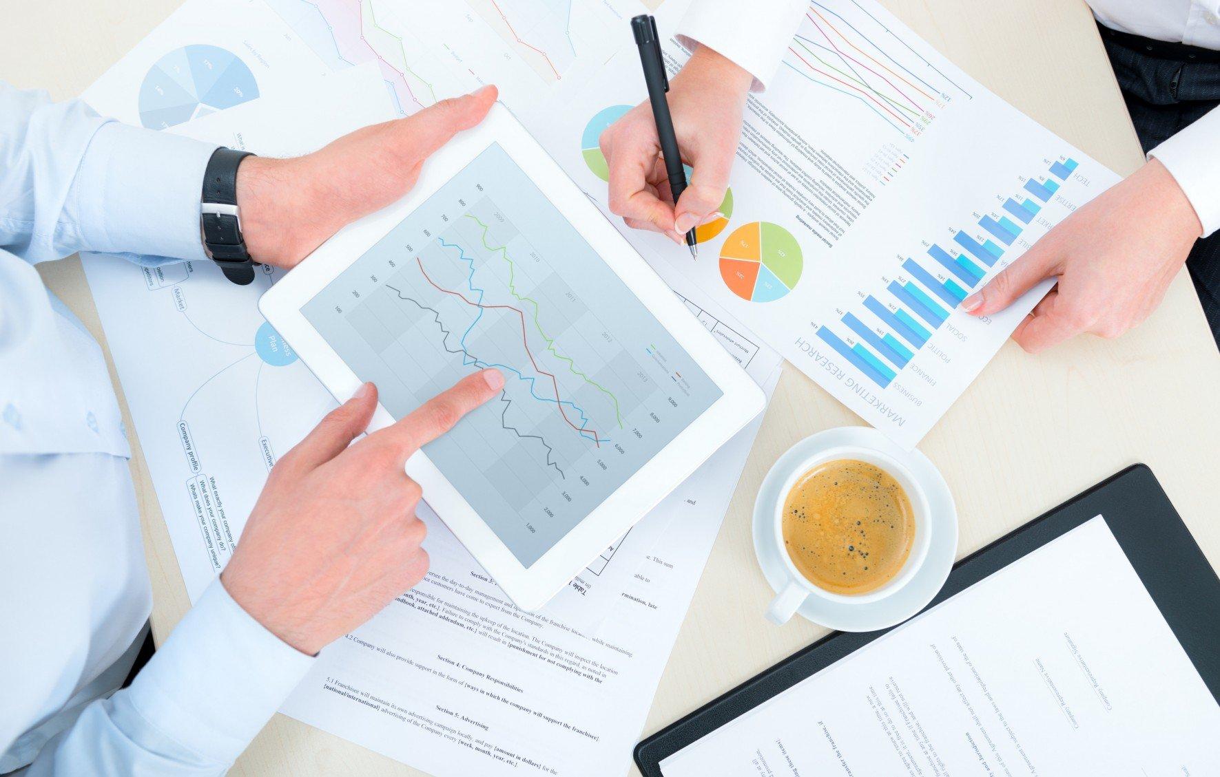 photodune 3853785 business analytics l e1404740498429