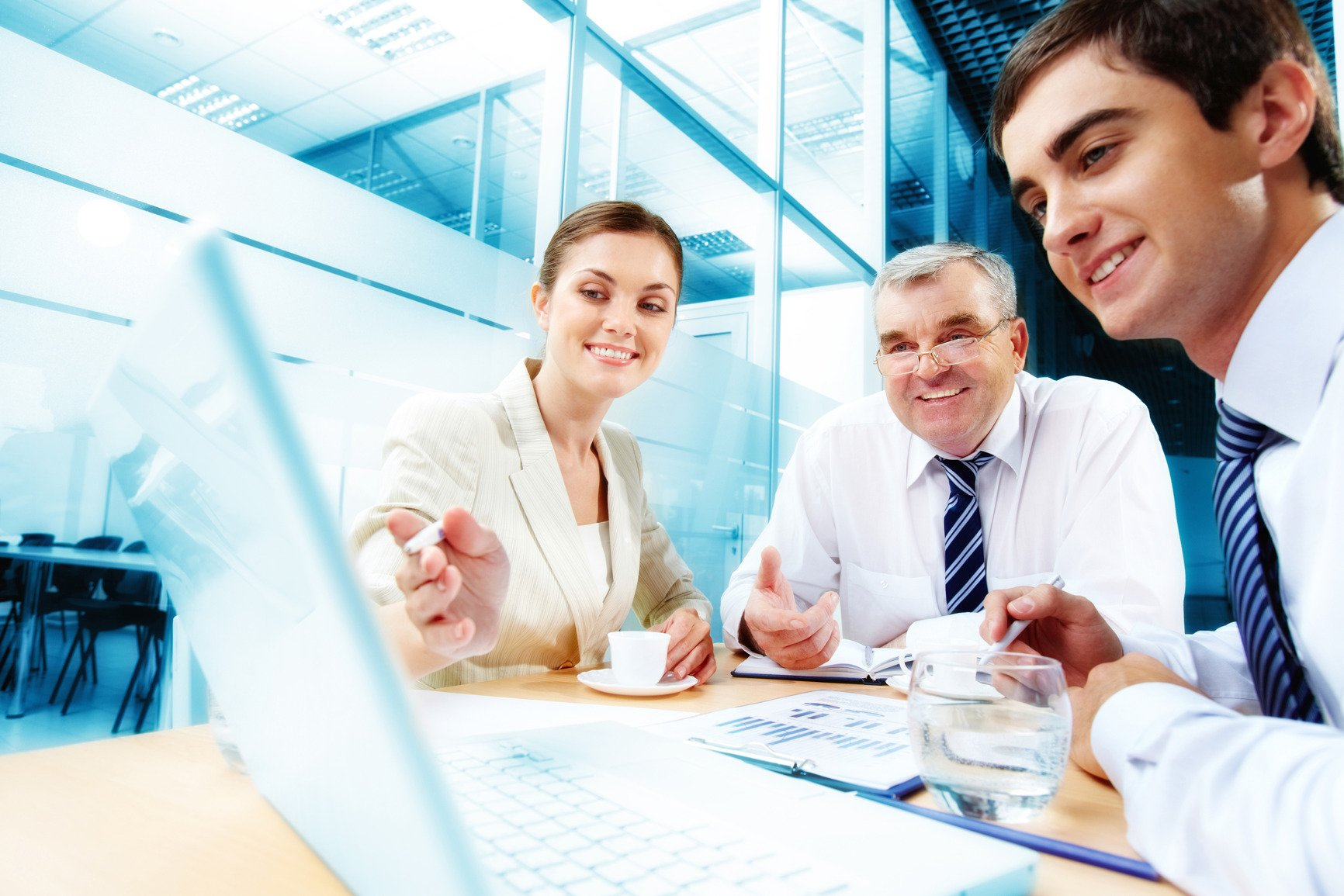 photodune 818445 meeting in office m