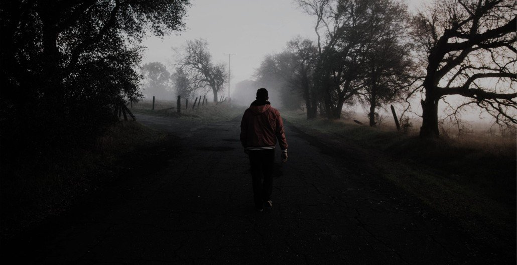 man walking by himself because of loneliness from intimacy anorexia